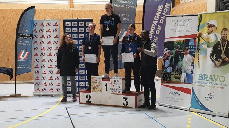 Médaille de bronze pour Blanchine Charrat (Lyon 1) en arc à poulie.